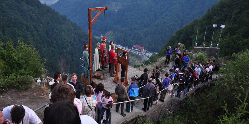 Dracula Fest reinvie cetatea Poienari