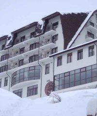 Hotel Valea cu Pesti